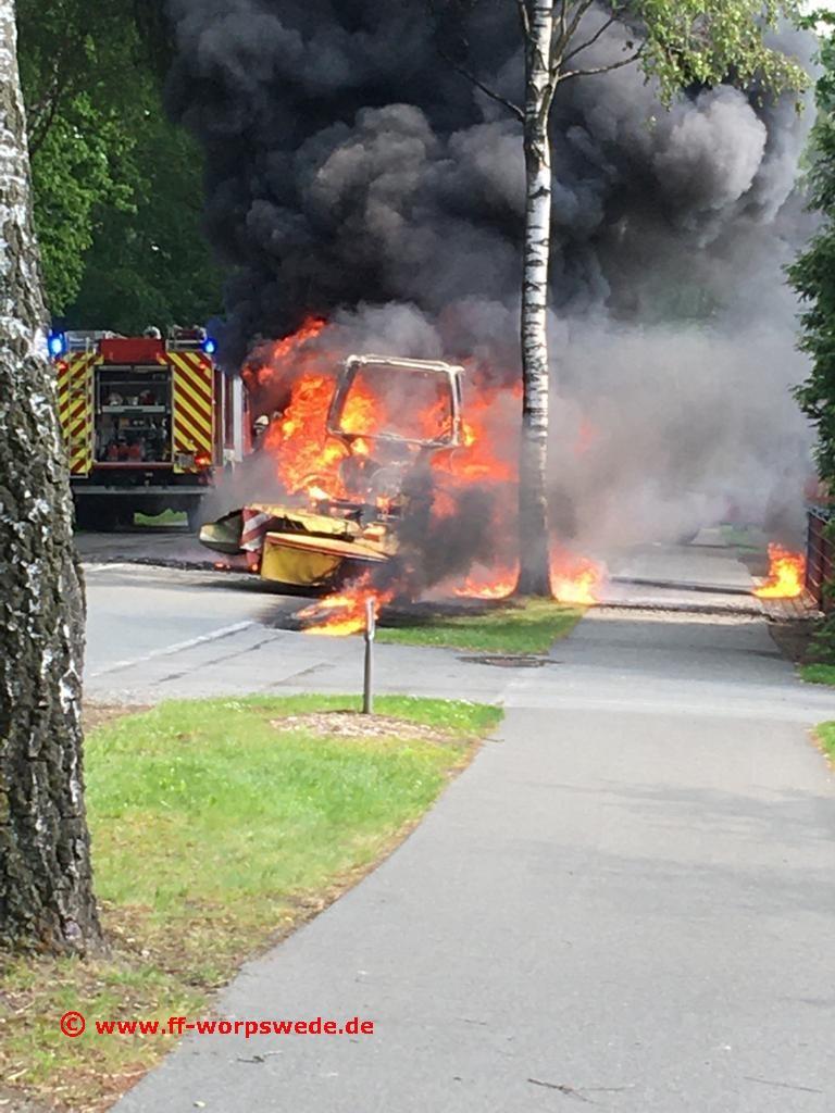 F011 Fahrzeugbrand
